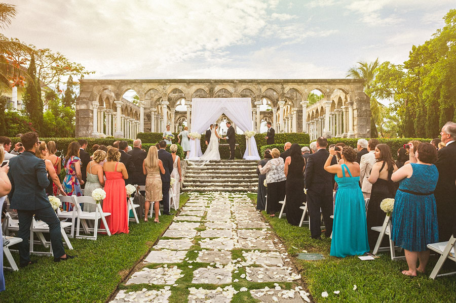 Elegant bahamas wedding at oneonly ocean club bahamas tracie scroll down to see more images junglespirit Image collections