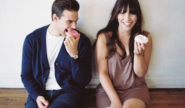 Guest Post: 10 Totally Chill Engagement Photo Ideas