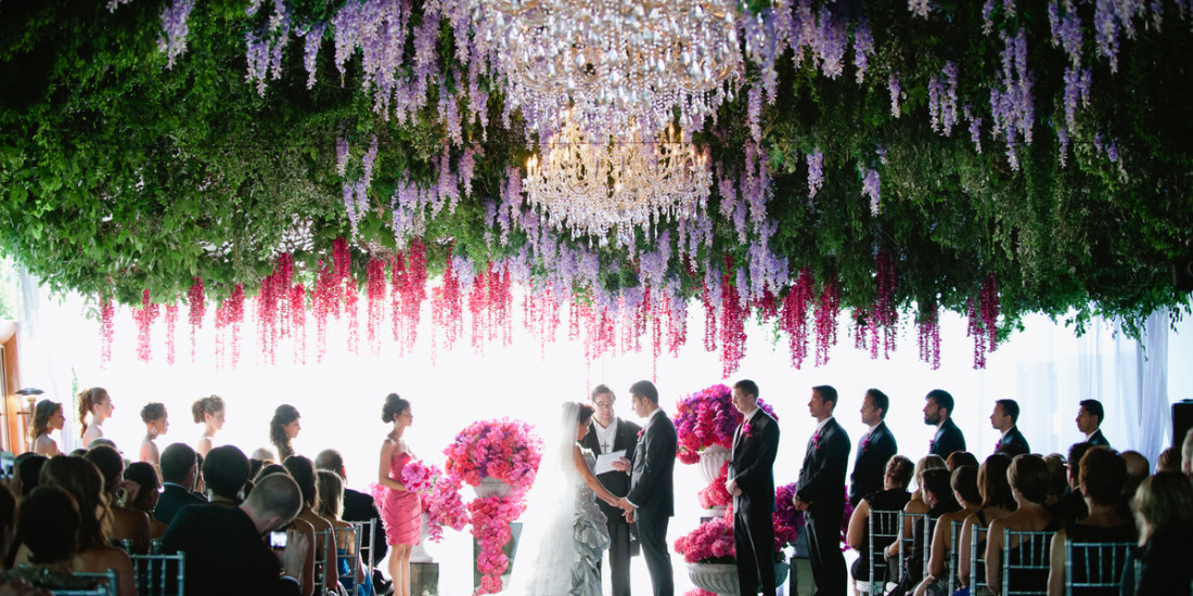 Trend alert beautiful hanging decorations for your wedding day trend alert beautiful hanging decorations for your wedding day tracie domino events wedding party planners tampa fl park city ut junglespirit Image collections