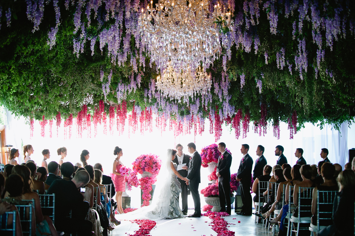 Flowers & Trend Alert: Beautiful Hanging Decorations For Your Wedding Day ...
