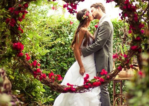 Idea of the Day: Valentine's Day Wedding