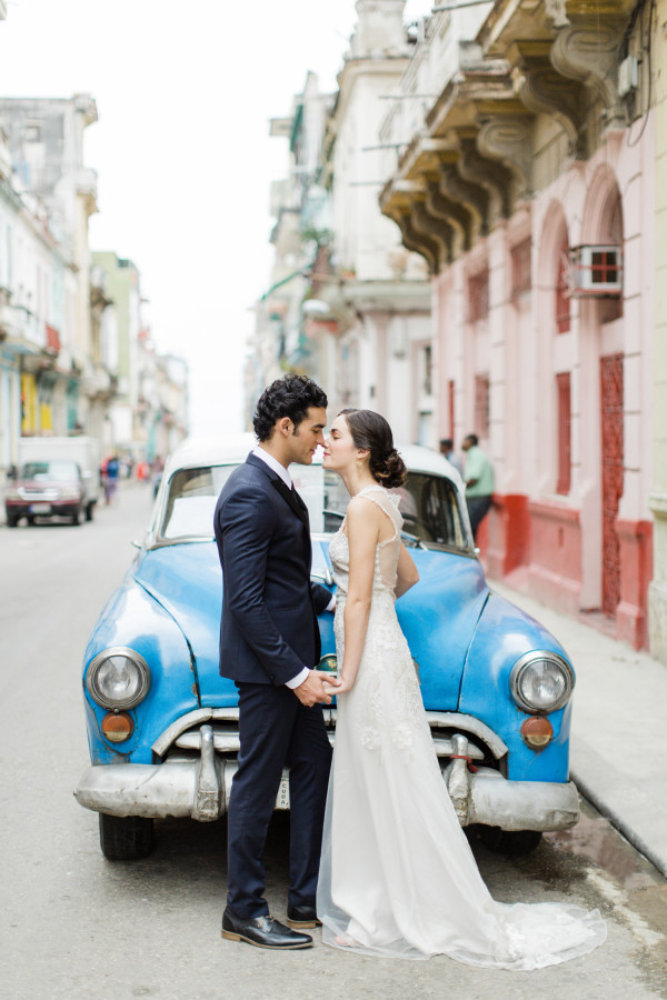 cuba car dress