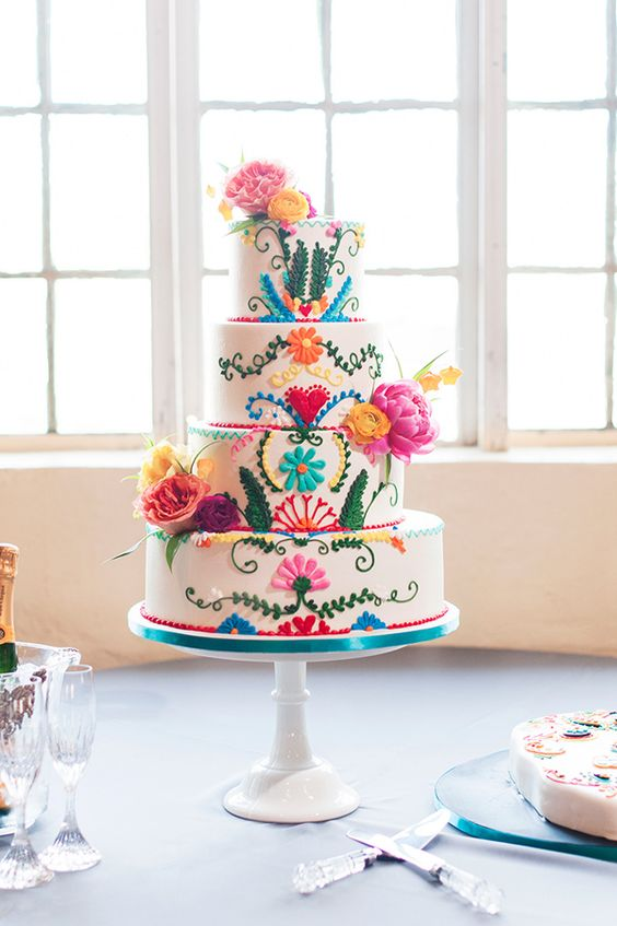 cinco cake tiered