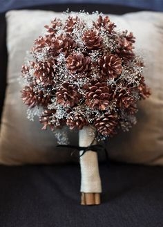 pinecone-bouquet